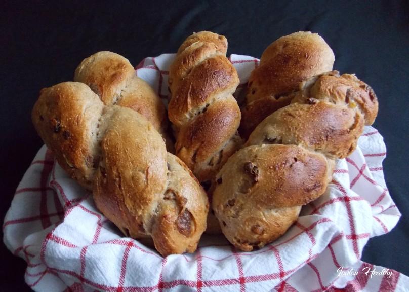 pains bioichés tressés aux fruits secs3