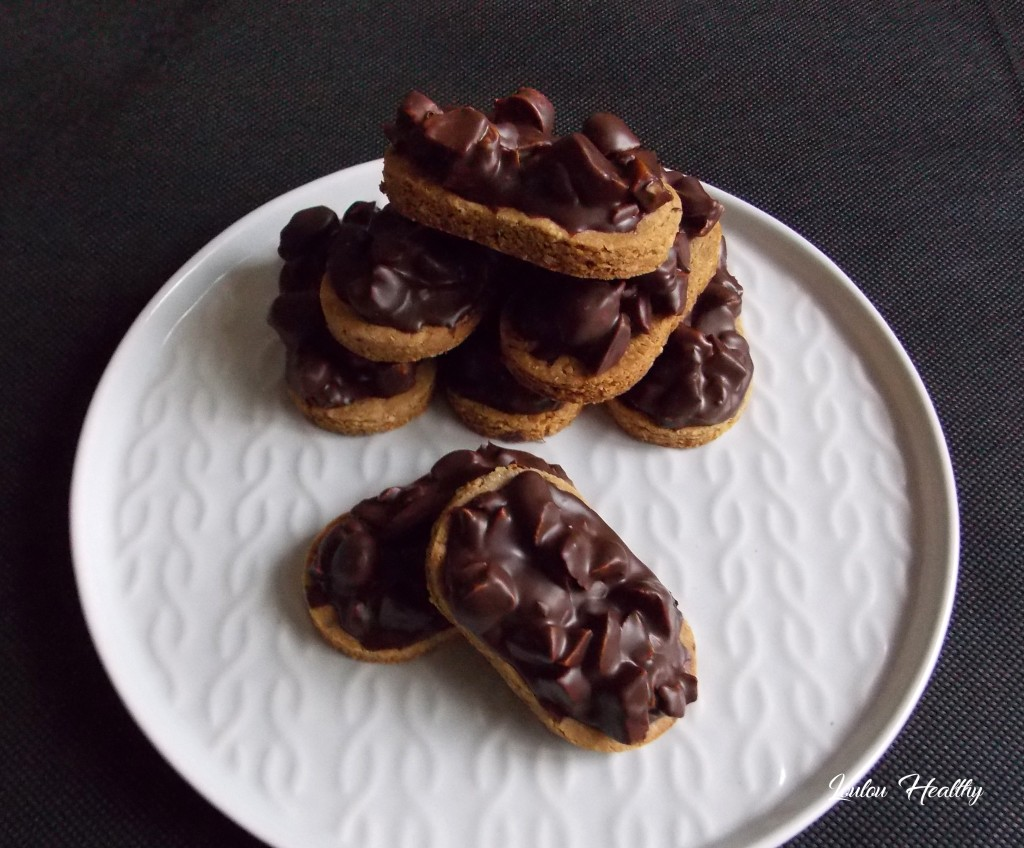 sablés aux noix de cajou et chocolat