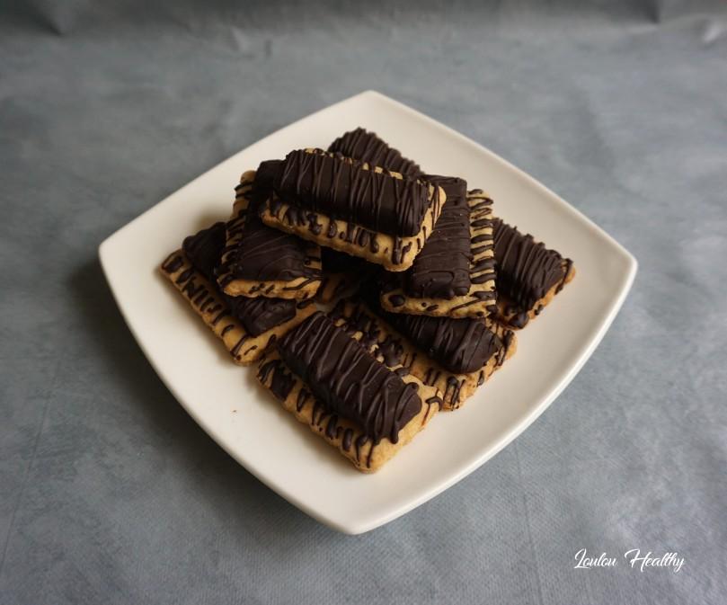 sablés aux tablettes chocolat fourrées lait-amandes2