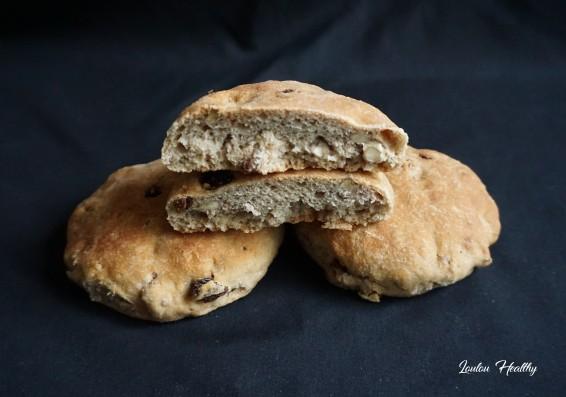 pains à l'orge, aux noix et raisins secs4
