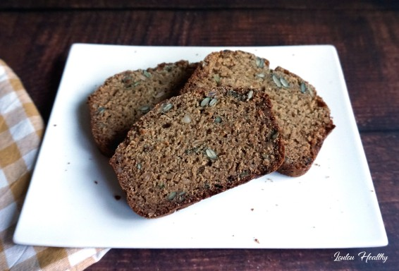 pain aux épices et aux graines