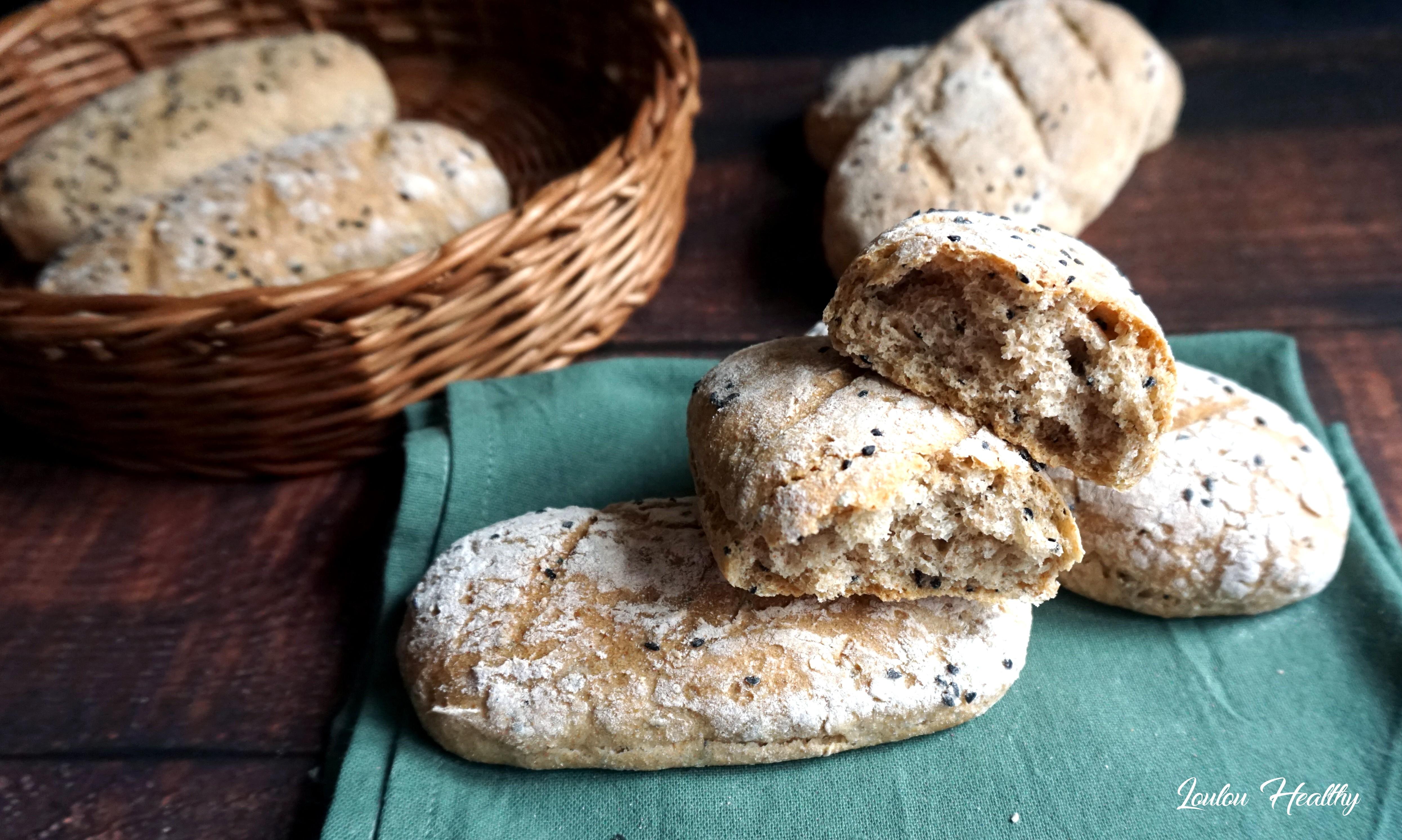 pains blés anciens, seigle et graines de nigelle