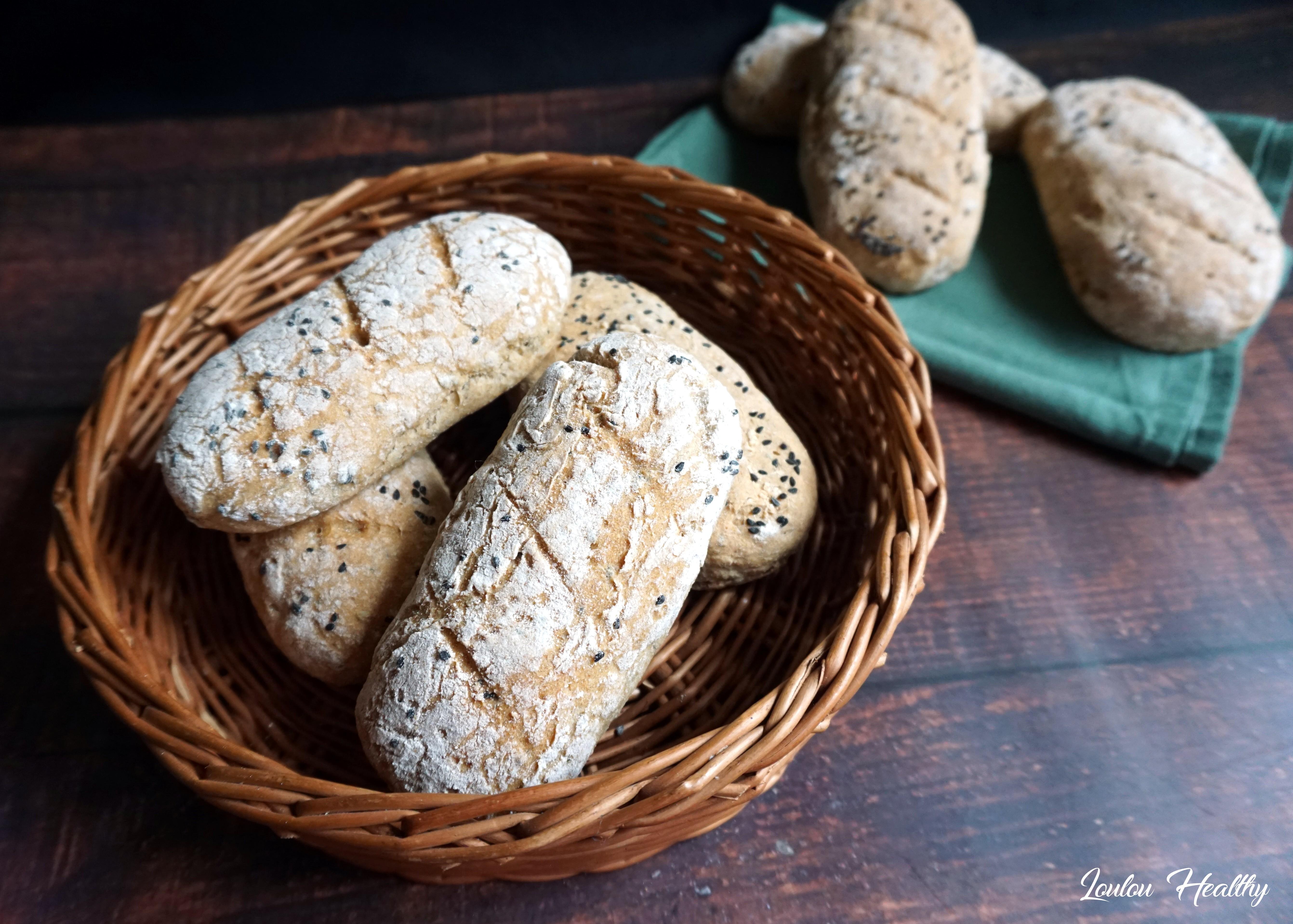 pains blés anciens, seigle et graines de nigelle2