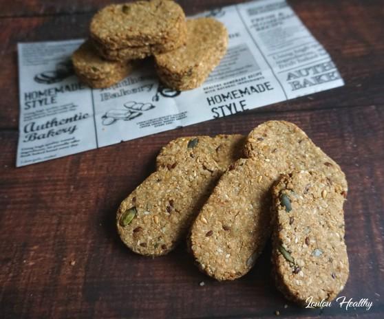 biscuits à l'amarante, aux graines et aux fruits secs3