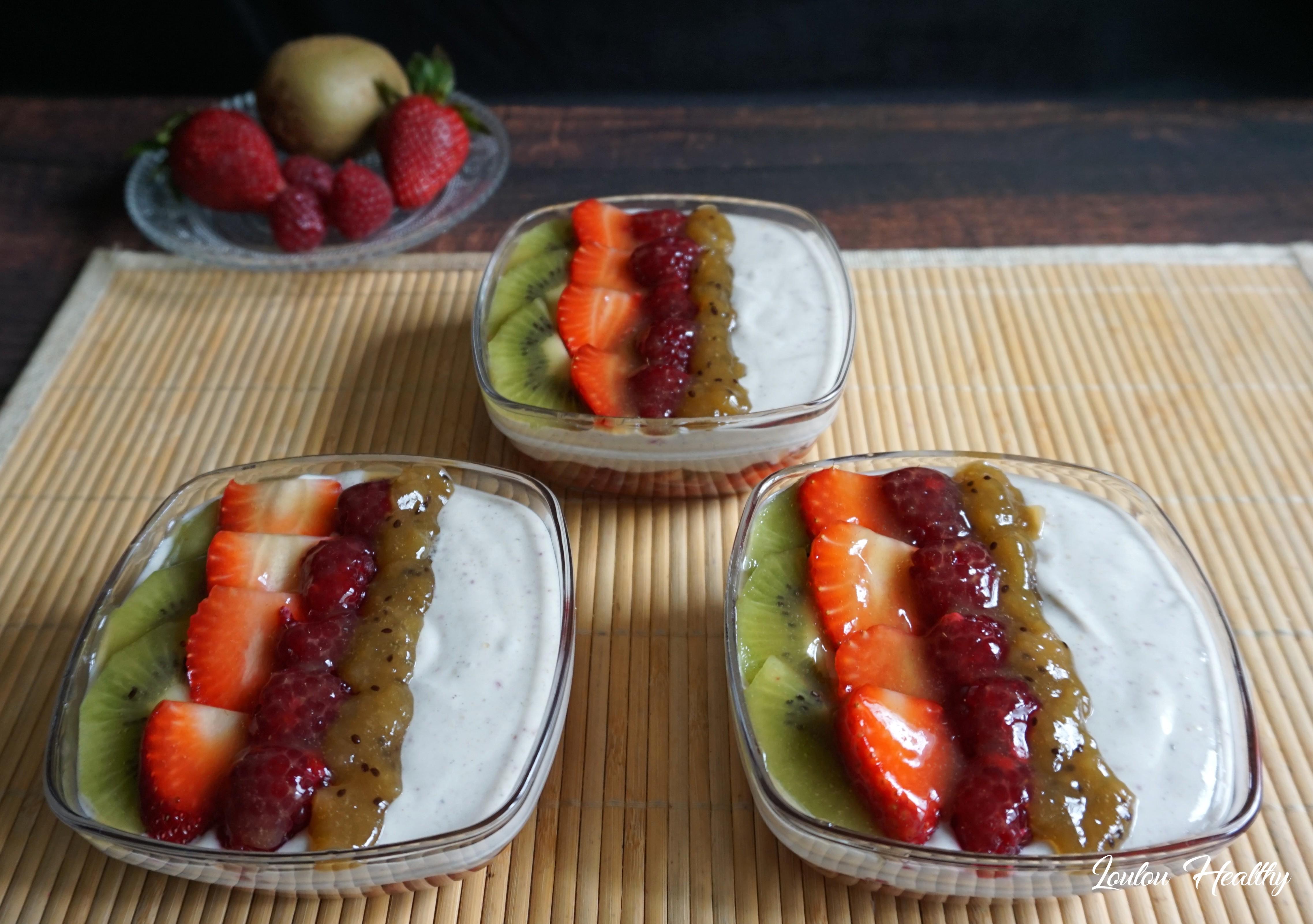 coupes aux fruits rouges, kiwis et crème à l'amande4