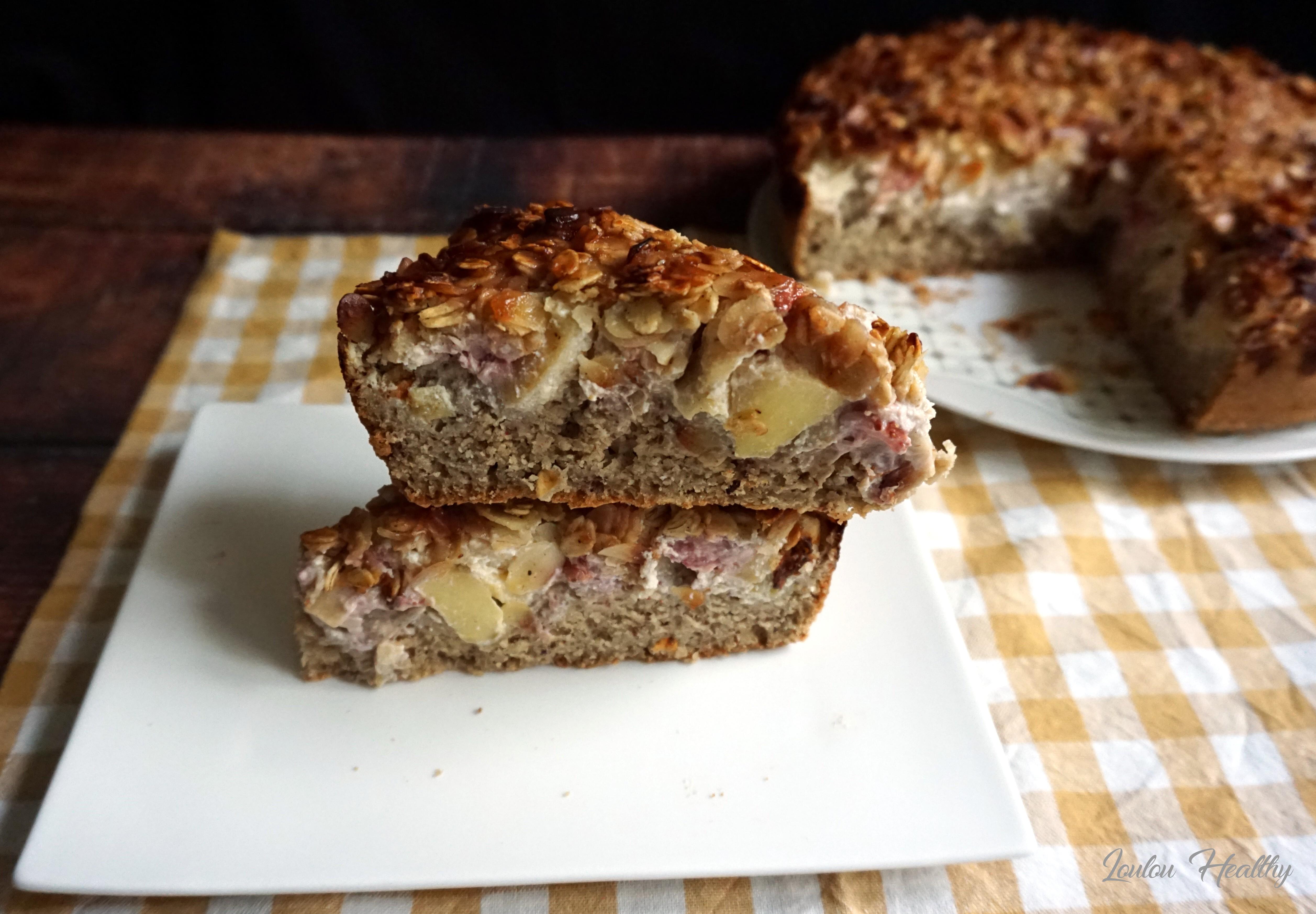 gâteau à la ricotta, pomme et fraise
